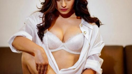 Naina Ganguly Hot Photos