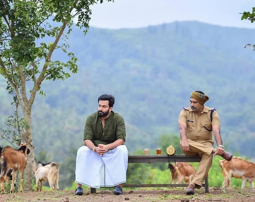 Lead actors finalized for Ayyappanum Koshiyum Tamil remake