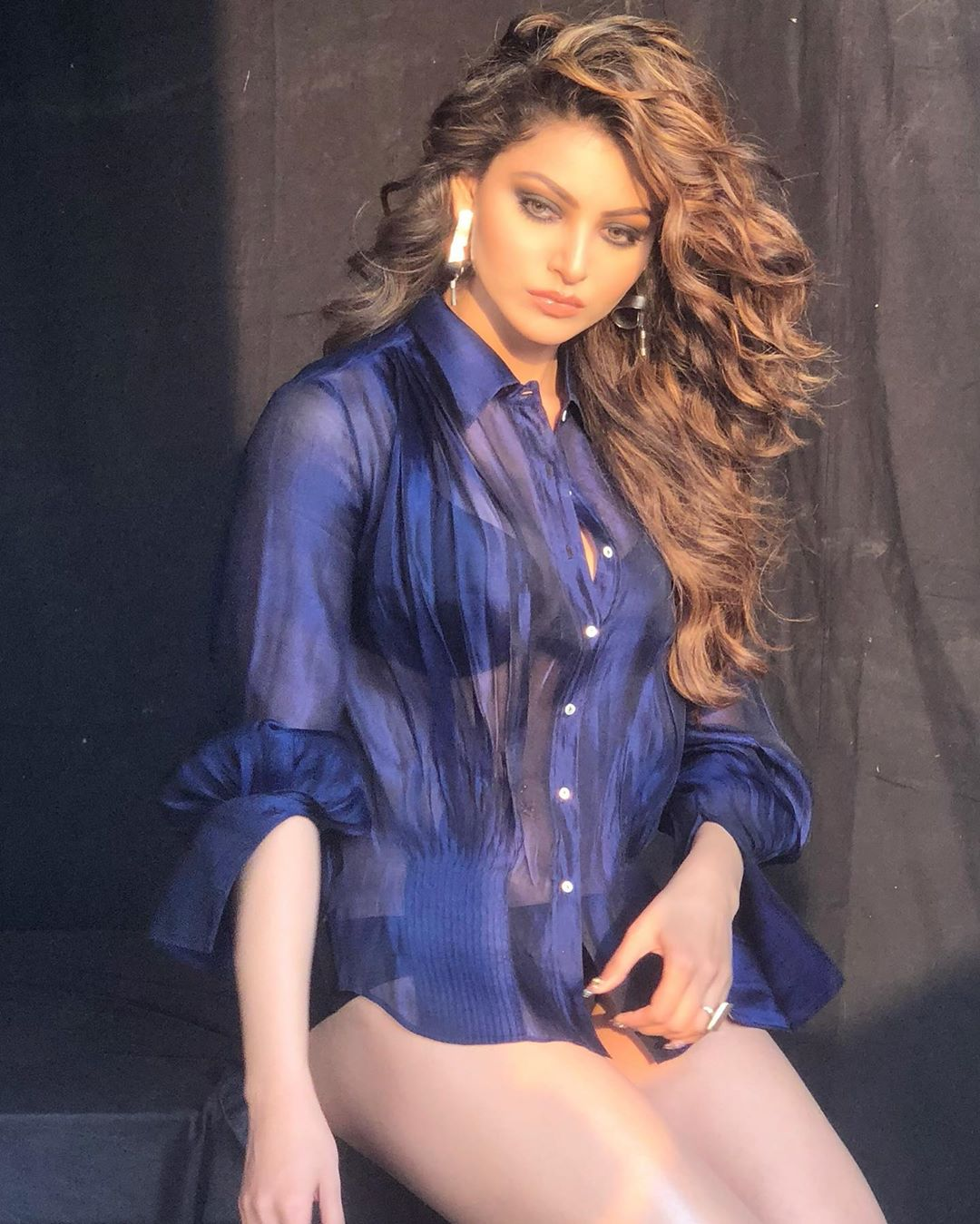 Pic Talk: Sultry and hot Urvashi Rautela