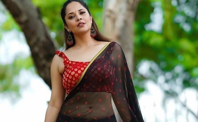 Hot Collection : Sensuous Anasuya Bharadwaj