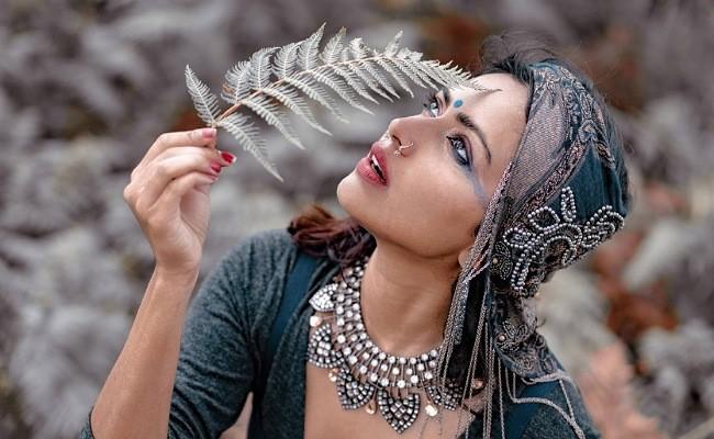 Latest Photos : Dusky Beauty Amala Paul