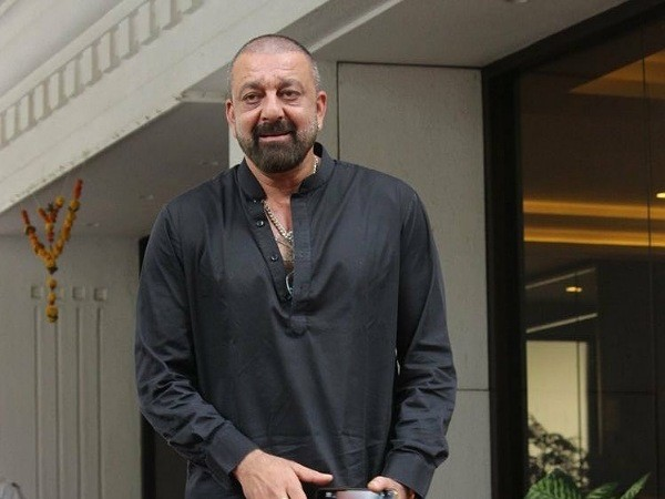 Sanjay Dutt recovers from lung cancer