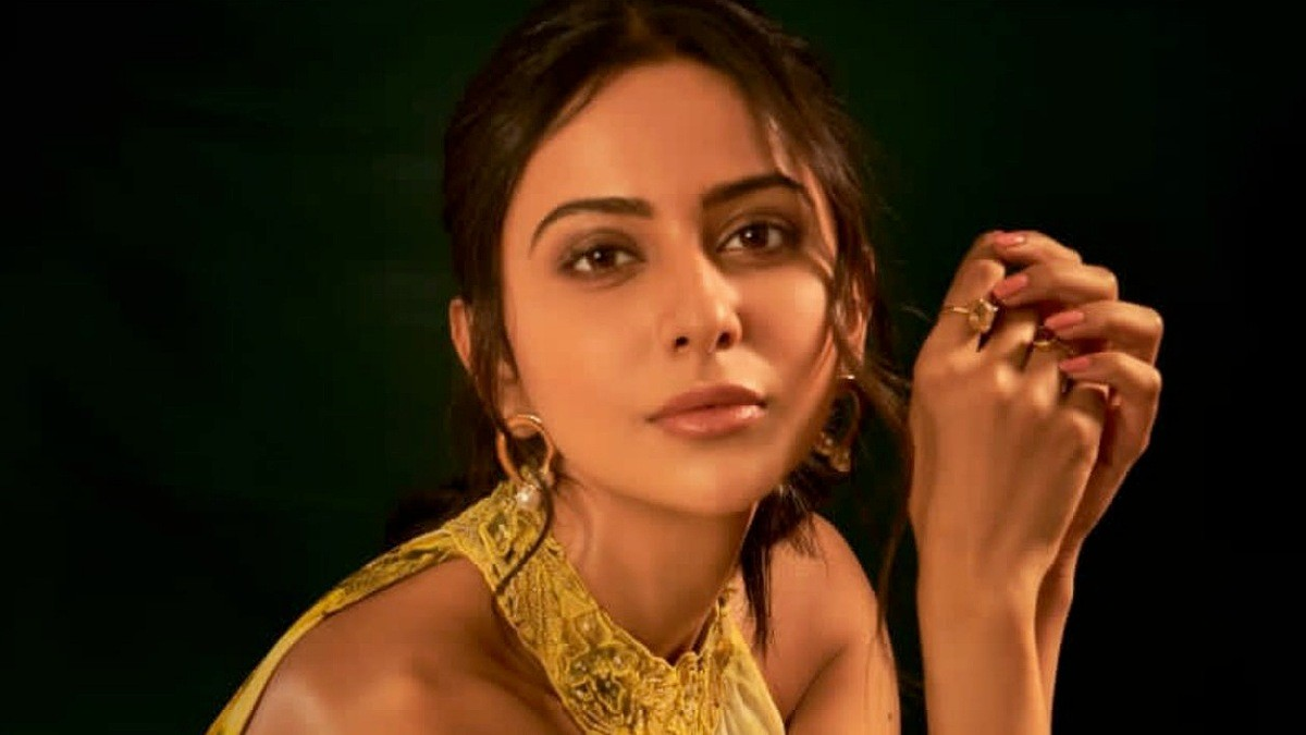 Photos : Elegant Beauty Rakul