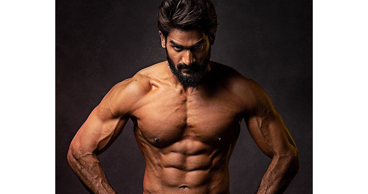 Karthikeya wows in a ripped look