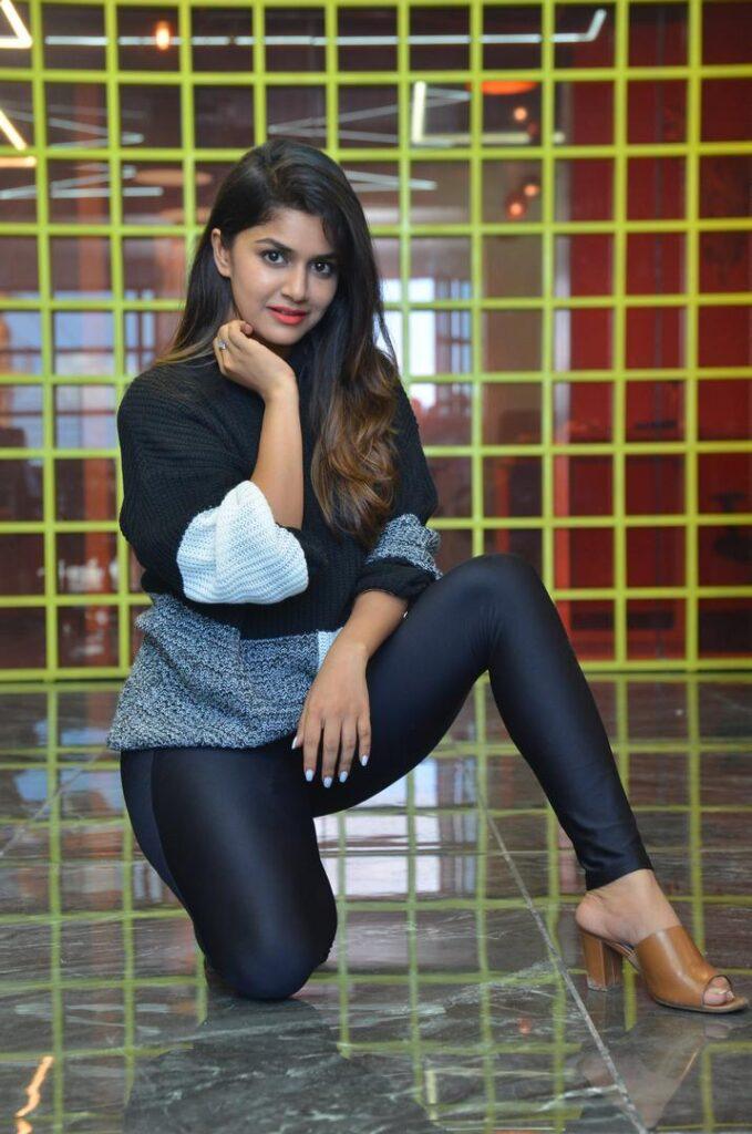 Sanjana Anand 55