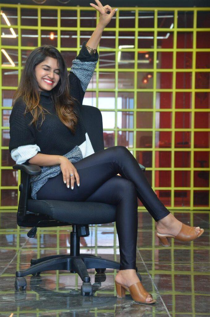 Sanjana Anand 63