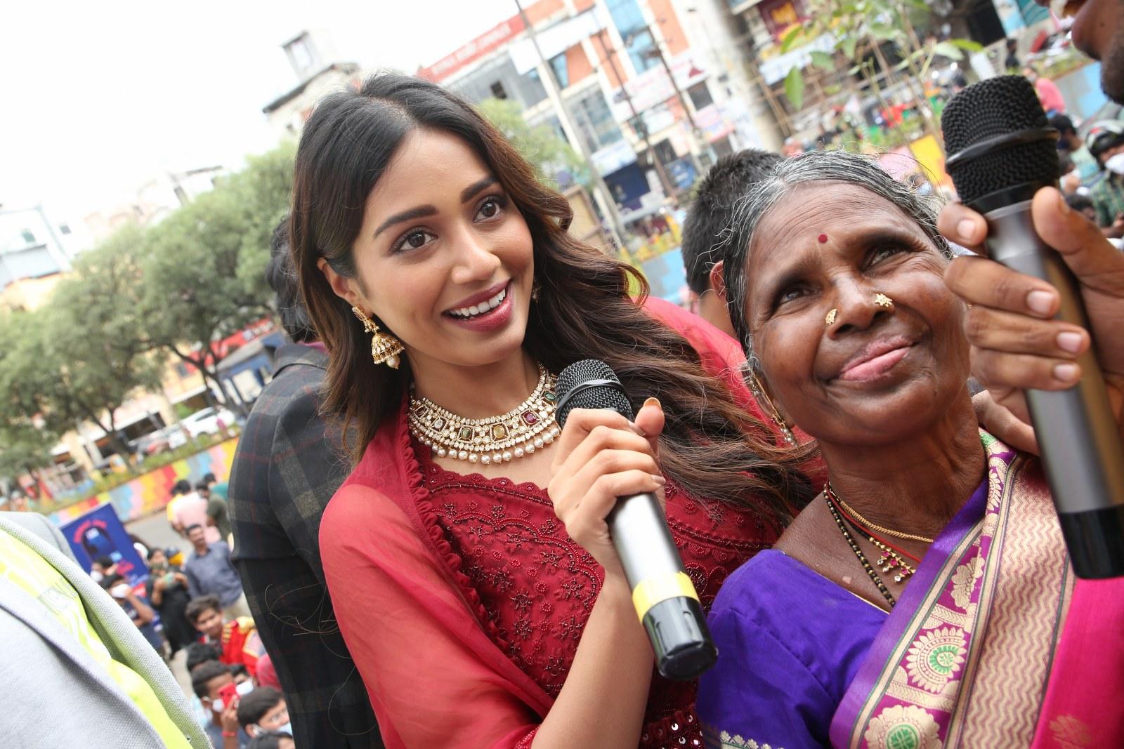 Nivetha Pethuraj and Bigg Boss Gangavva