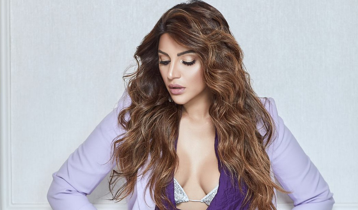Shama Sikander's sultry pose