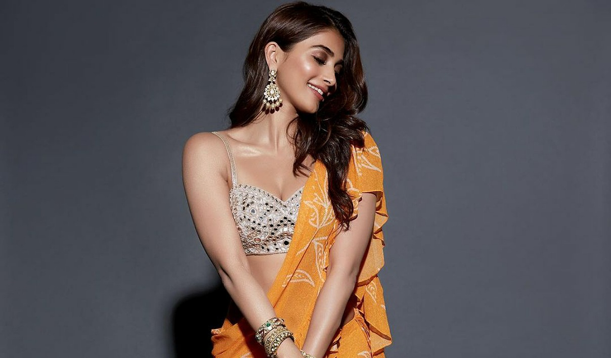 Pooja Hegde sizzles in Style
