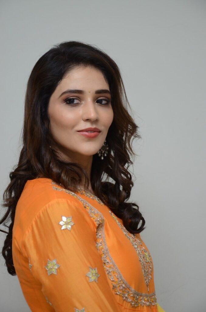 Priyanka Jawalkar 11