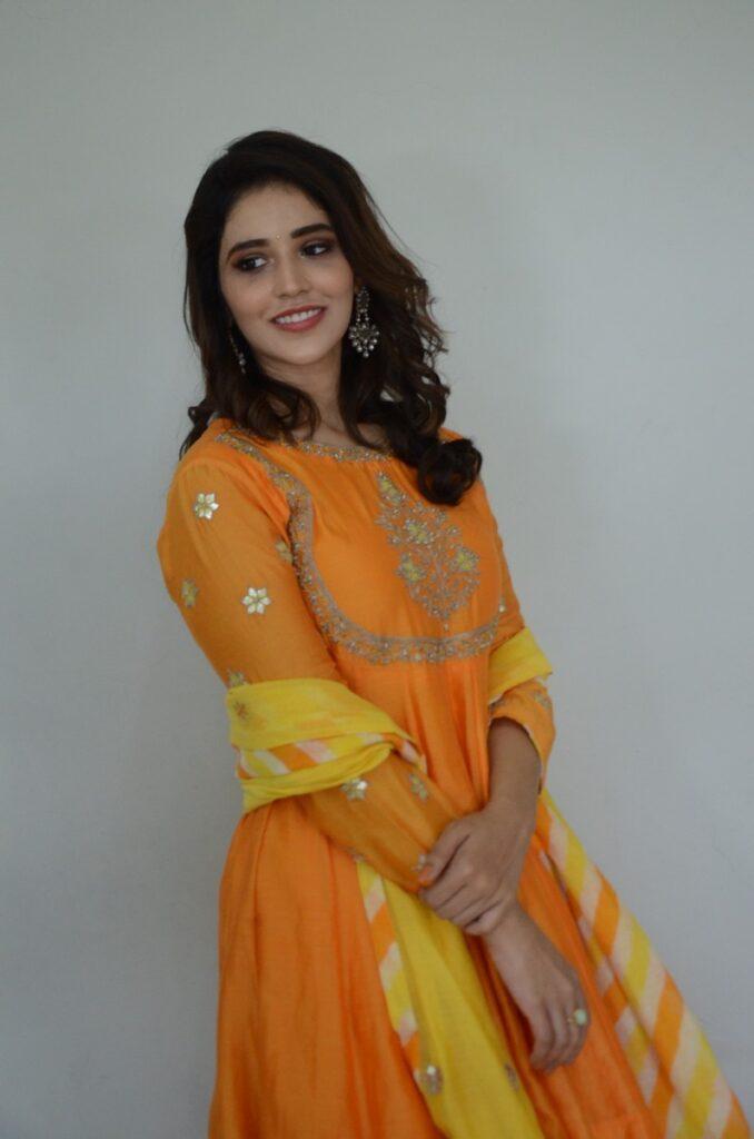 Priyanka Jawalkar 20