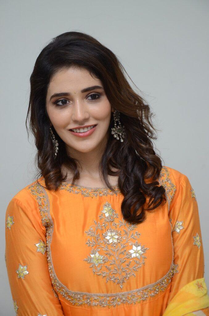 Priyanka Jawalkar 3