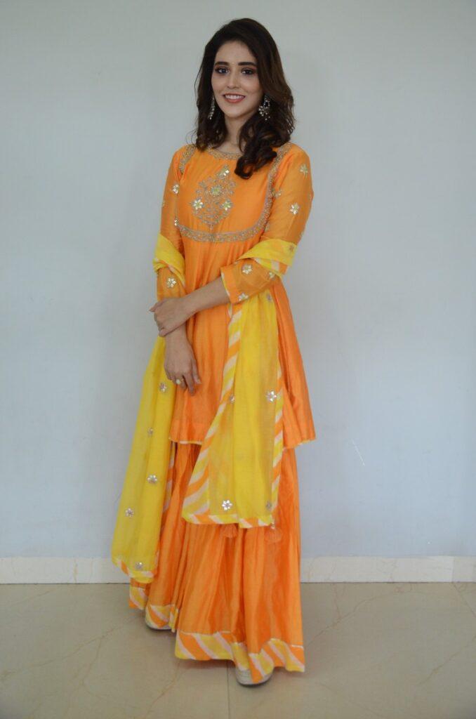 Priyanka Jawalkar 33
